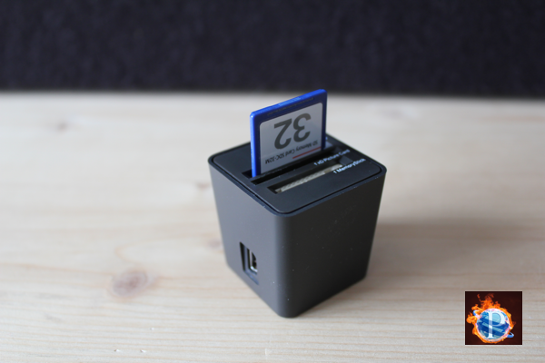 Kompakter Card-Reader «Top-loading» von Elecom im Test – Video