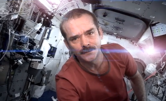 ISS wechselt von Windows auf Linux und Apple ist der Star - Video