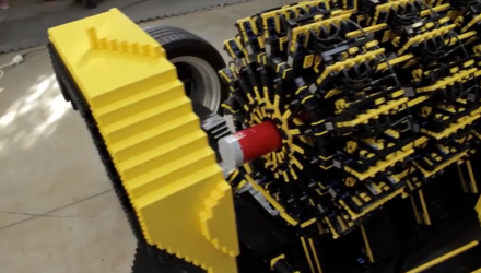 Video - Ein Auto aus 500'000 LEGO Stücken und es fährt