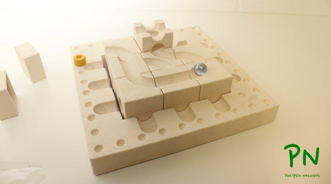 Cuboro Fasal «Tricky Ways» Holzspielzeug mit Murmeln und Grips