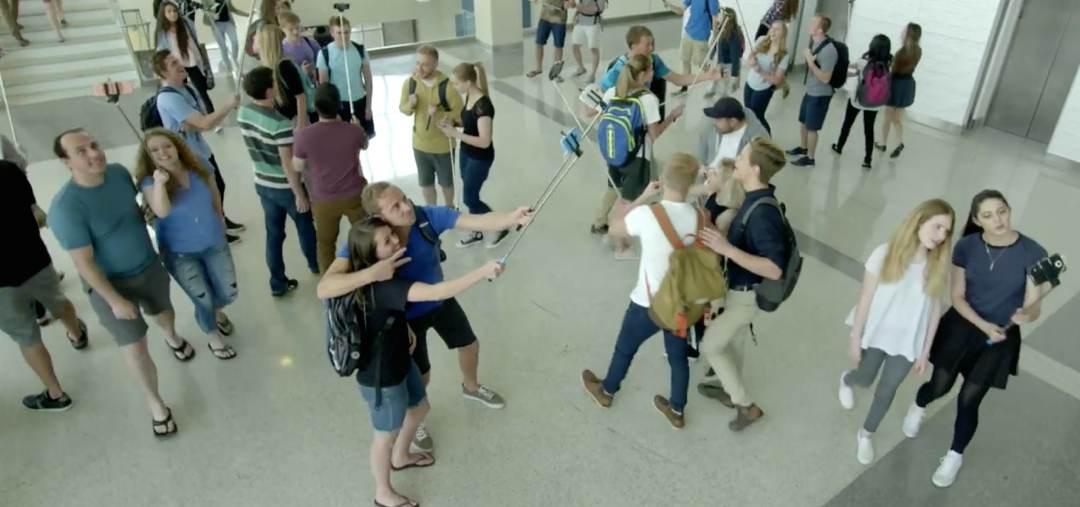 Video – Selfie Sticks sind gefährlich