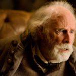 Hateful Eight - Szenen - 12 General Sandy Smithers (Bruce Dern)
