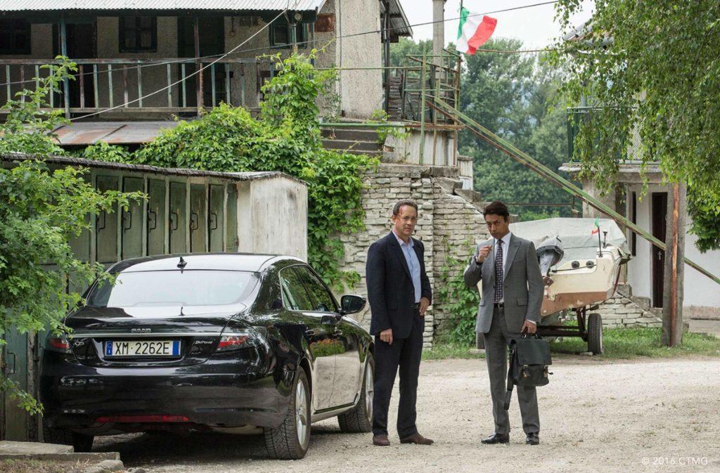 Zweifelhaftes Hinterhoftreffen in Italien - Bildquelle Sony