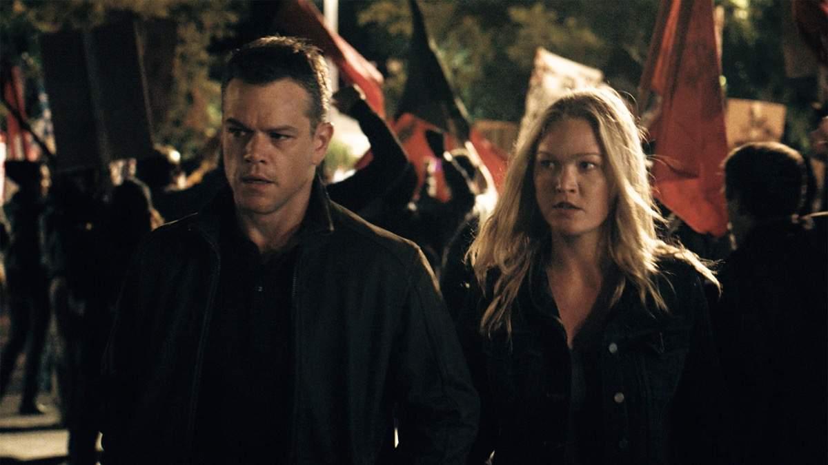 Die Guten - Jason und Nicky - Szenen - Jason (Matt Damon) and Nicky (Julia Stiles)