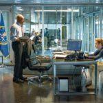Point Break - Szenen - 16 FBI Instructor Hall (Delroy Lindo), Johnny Utah (Luke Bracey)