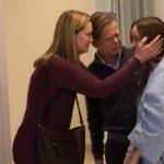 Room - Szenen - 07 Nancy (Joan Allen), Robert (William H. Macy), Ma (Brie Larson)
