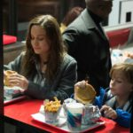 Room - Szenen - 09 Ma (Brie Larson), Jack (Jacob Tremblay)