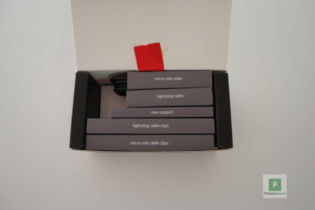 Die Einzelteile in der Box