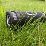 boomBOTTLE+ ein Outdoor Lautsprecher