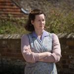 Mr. Holmes - Szenen - 08 Mrs. Munro (Laura Linney)
