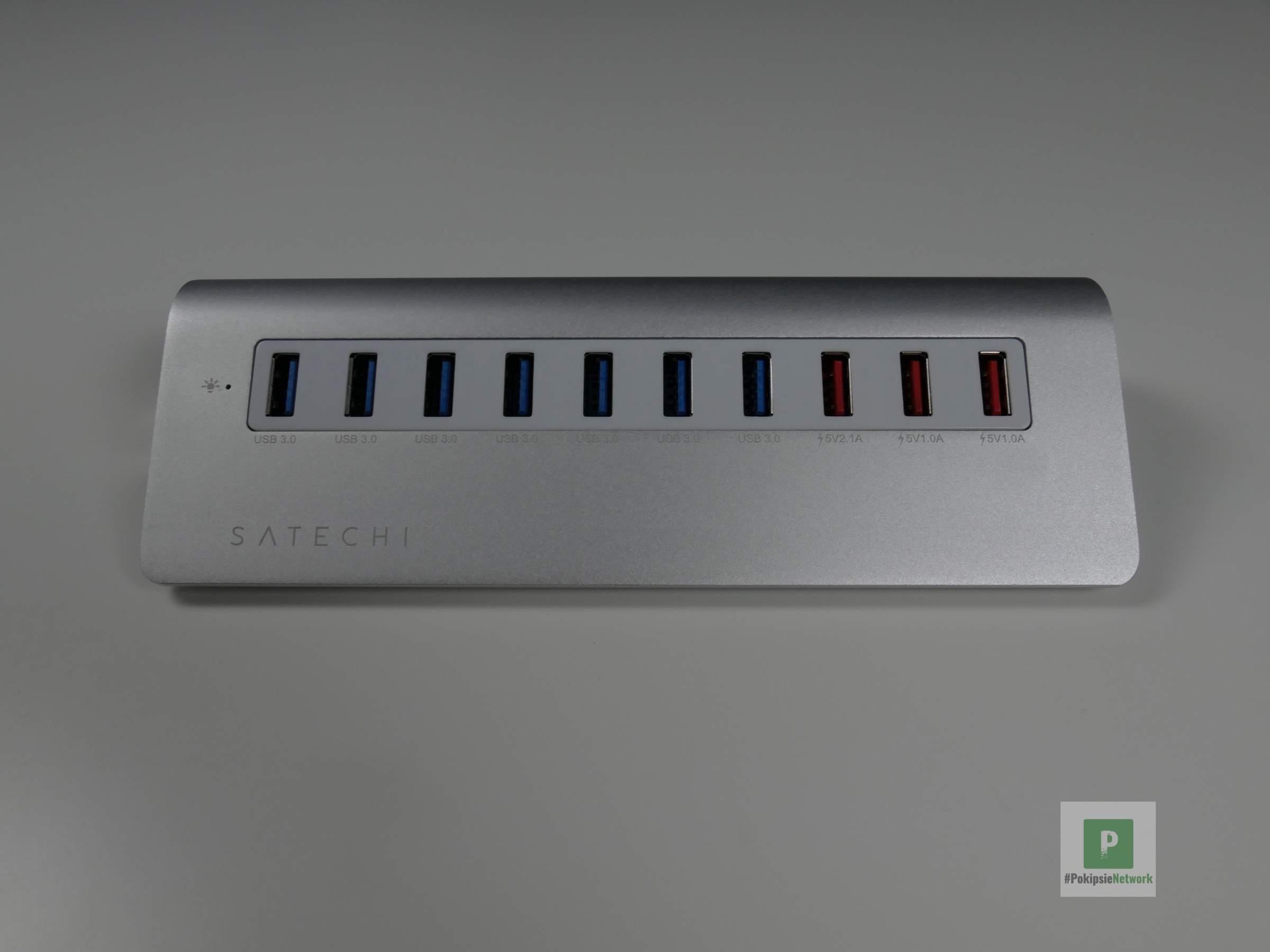 Die sieben USB-Ports und drei Ladestationen