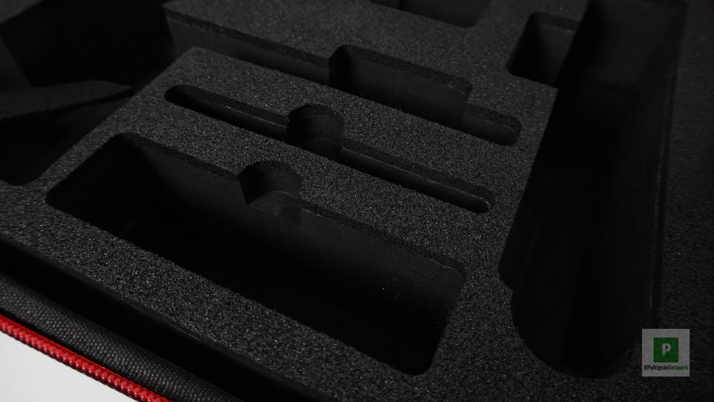 Stabile Aussparungen für die Einzelteile des Gimbals