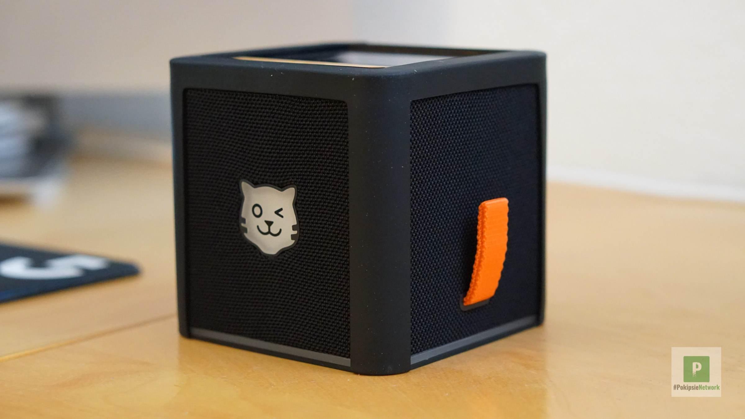 Die Box mit dem Silikonschutz