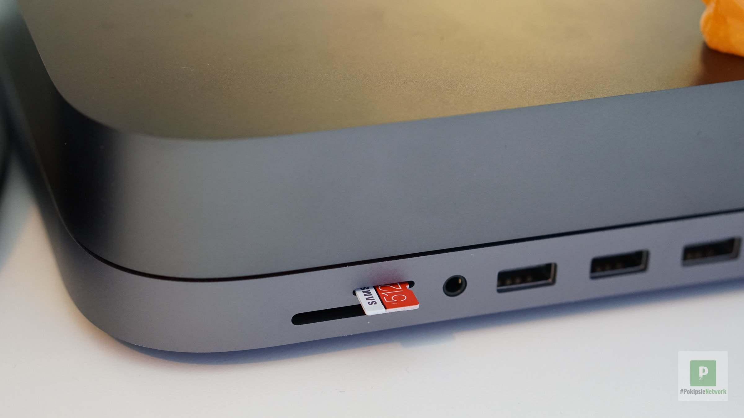 microSD Karten Einschub