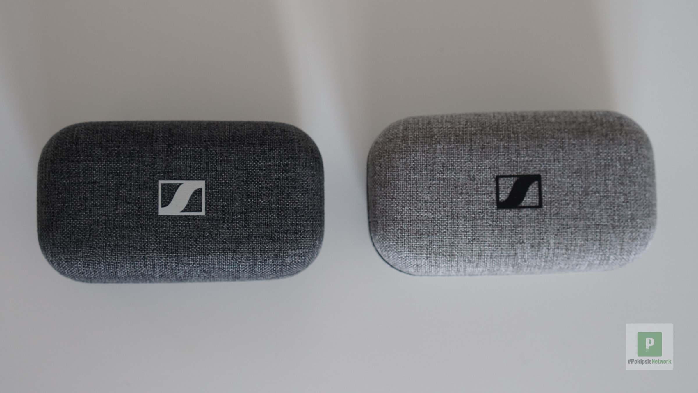 Die beiden Ladeboxen von oben im Vergleich