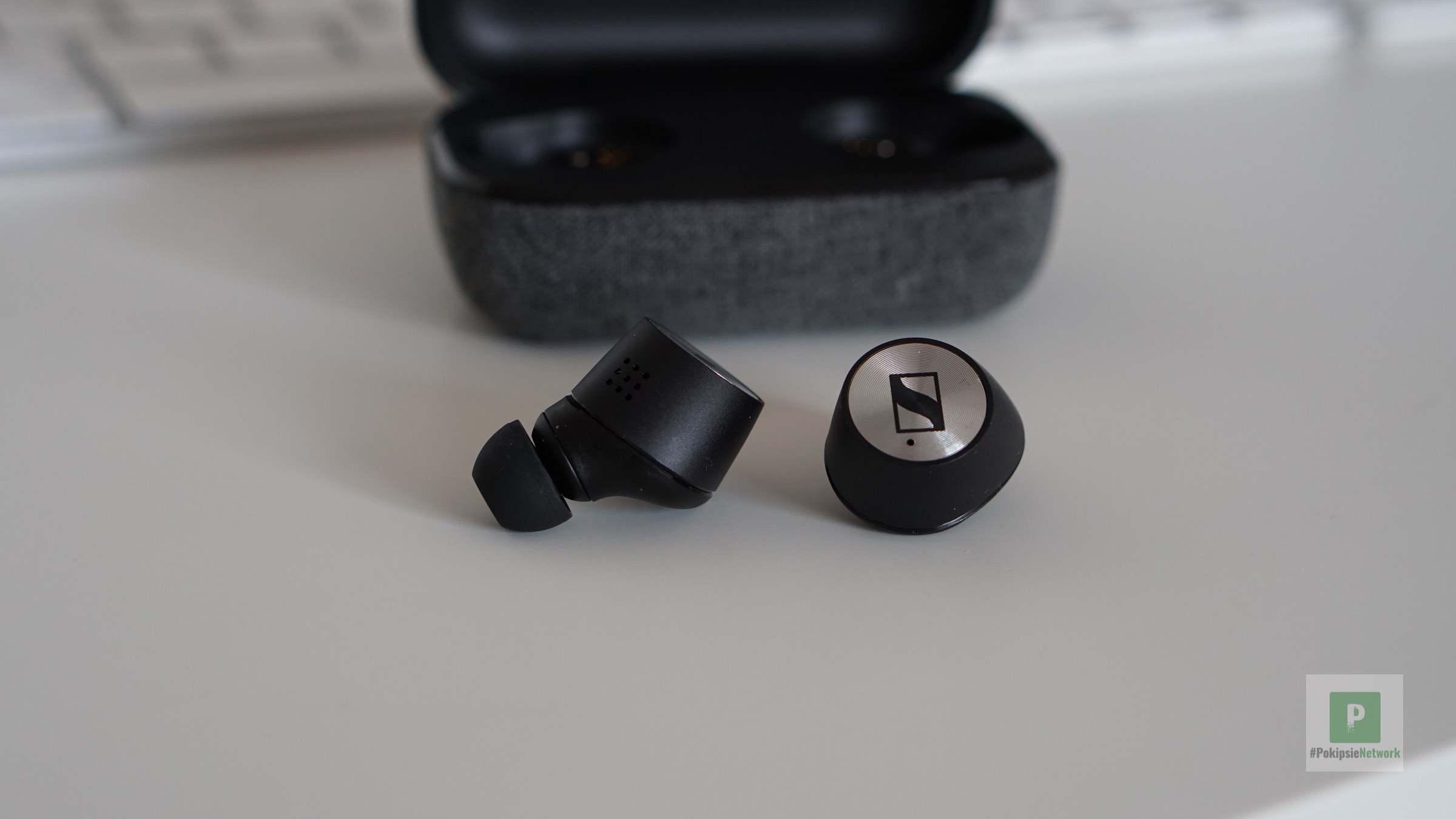 Die beiden Earbuds