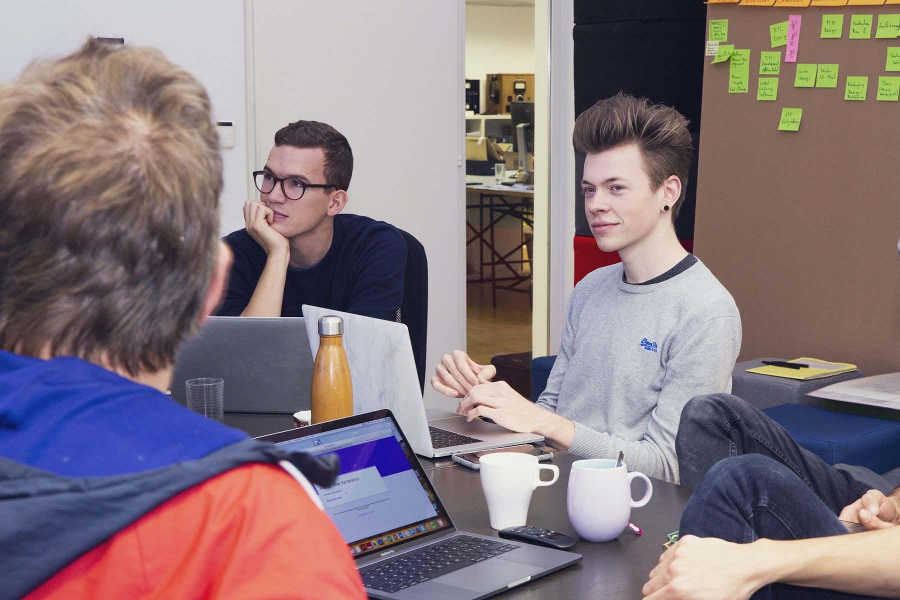 Sitzungen rund um die App