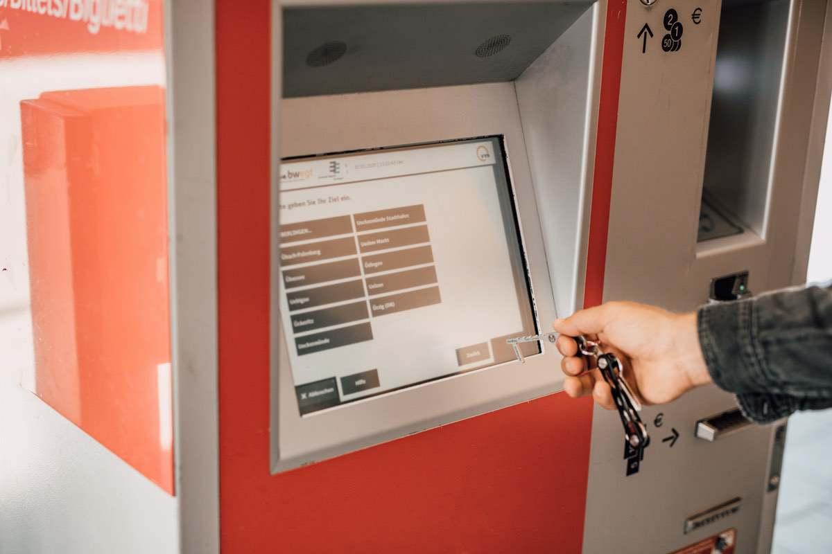 Bedienen am Automat