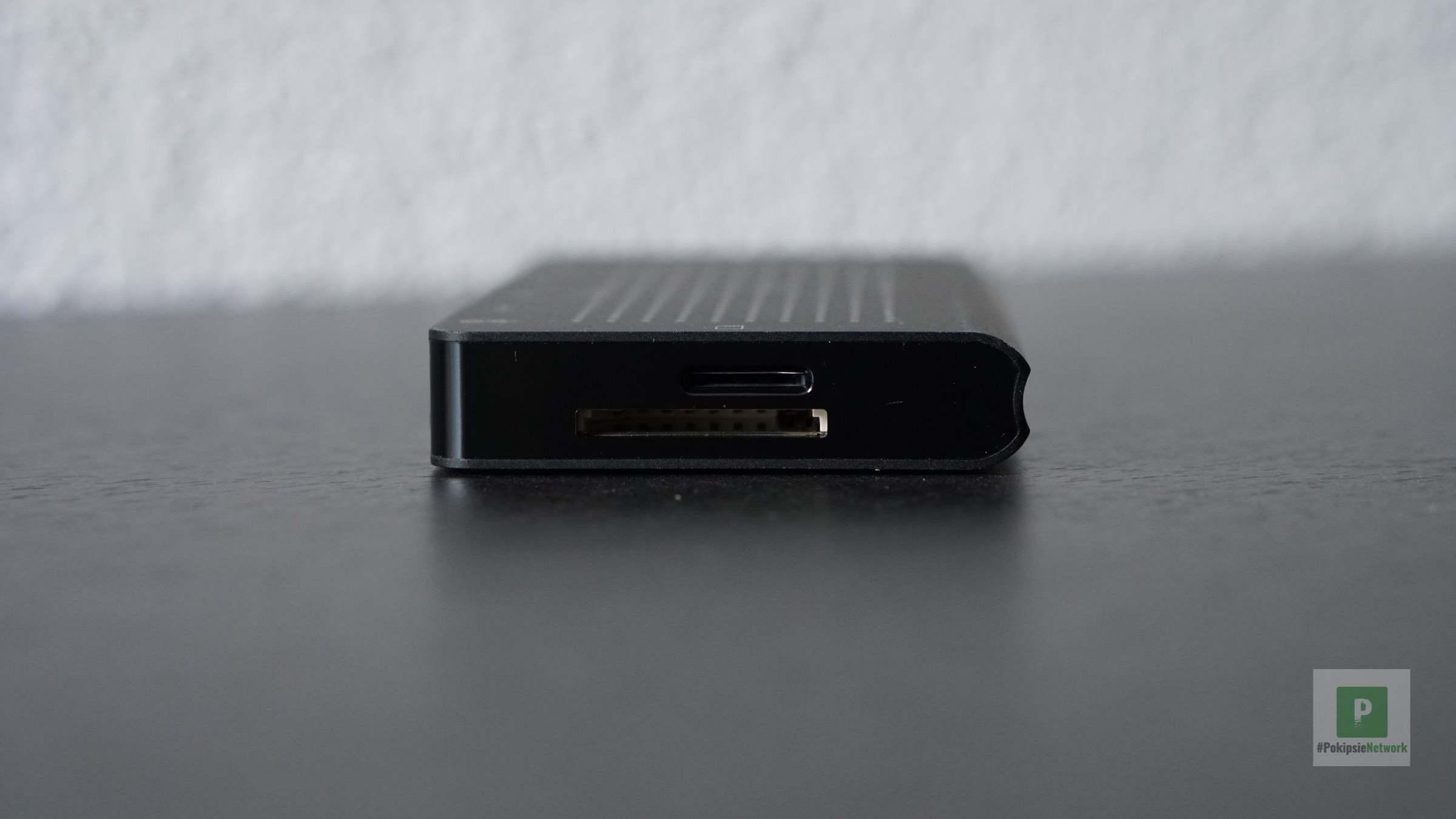 Die microSD- und SD-Karten-Ports