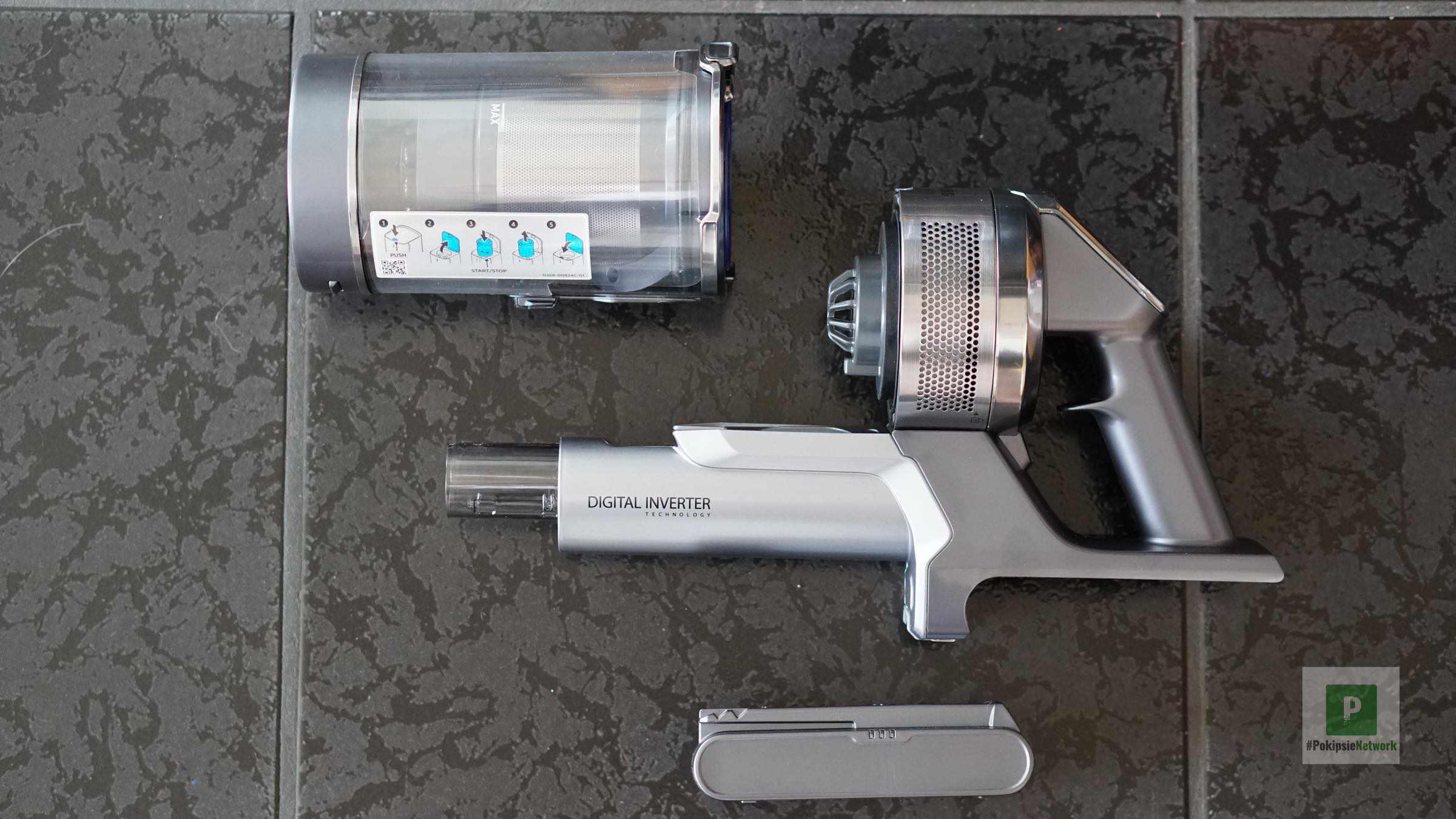 Saug-Apparat in Einzelteilen