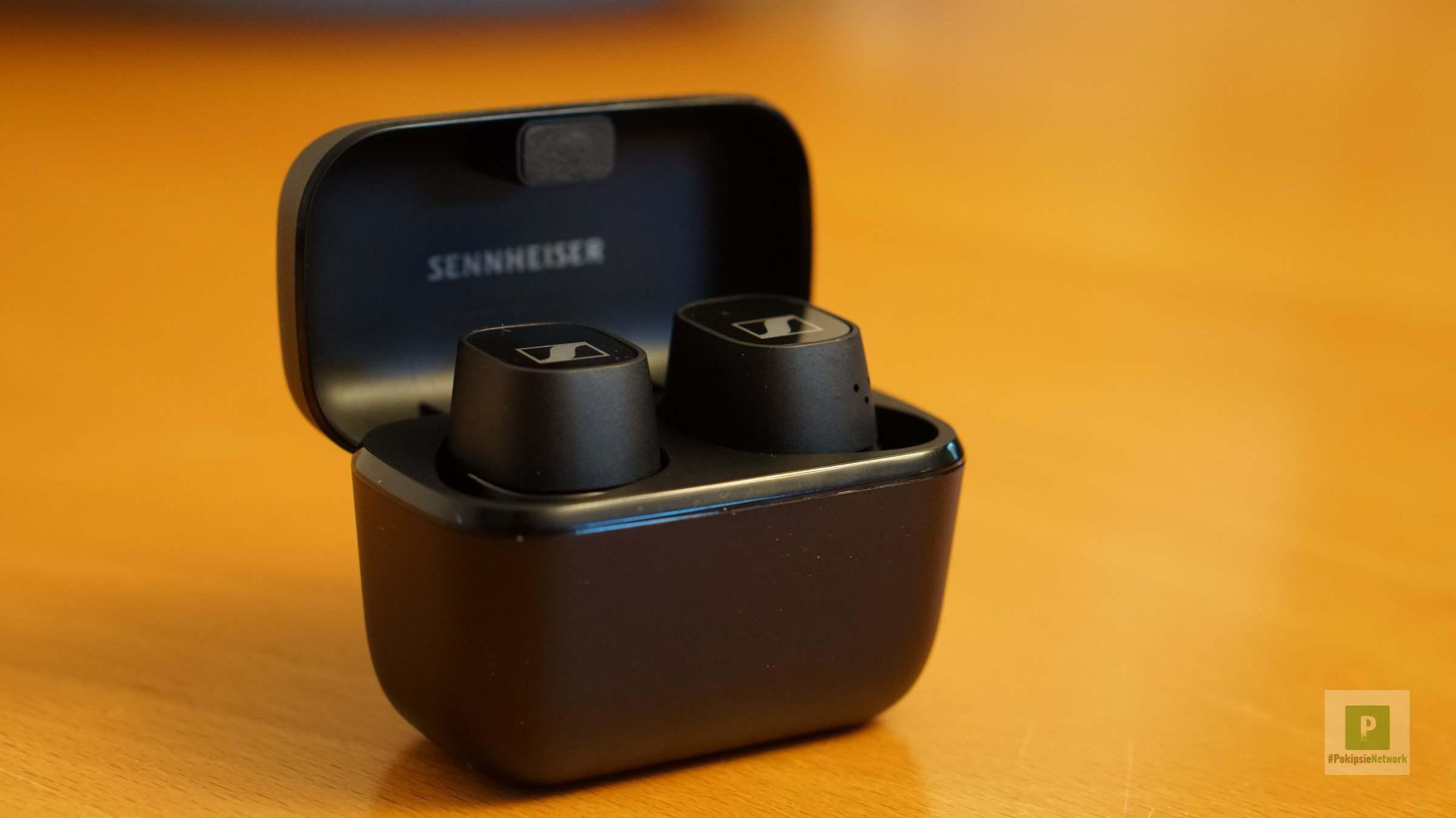 Die Kopfhörer in der Box