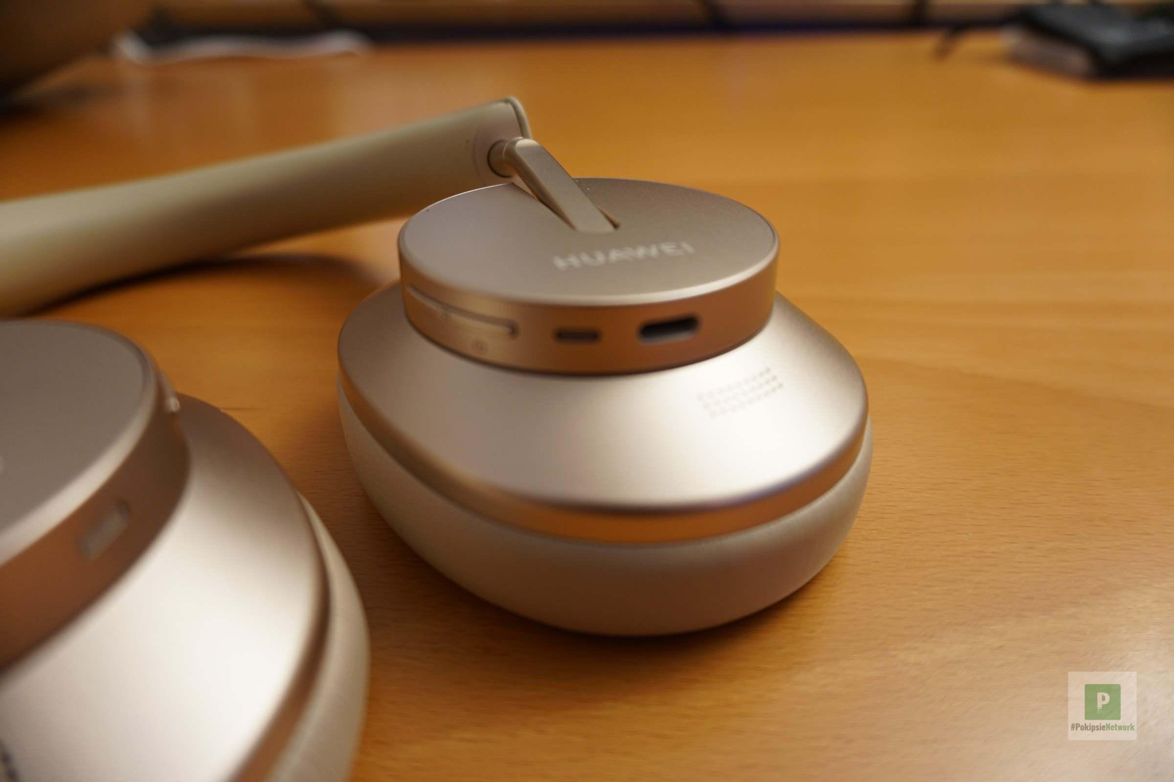 Bedienungsknöpfe und USB-C-Port