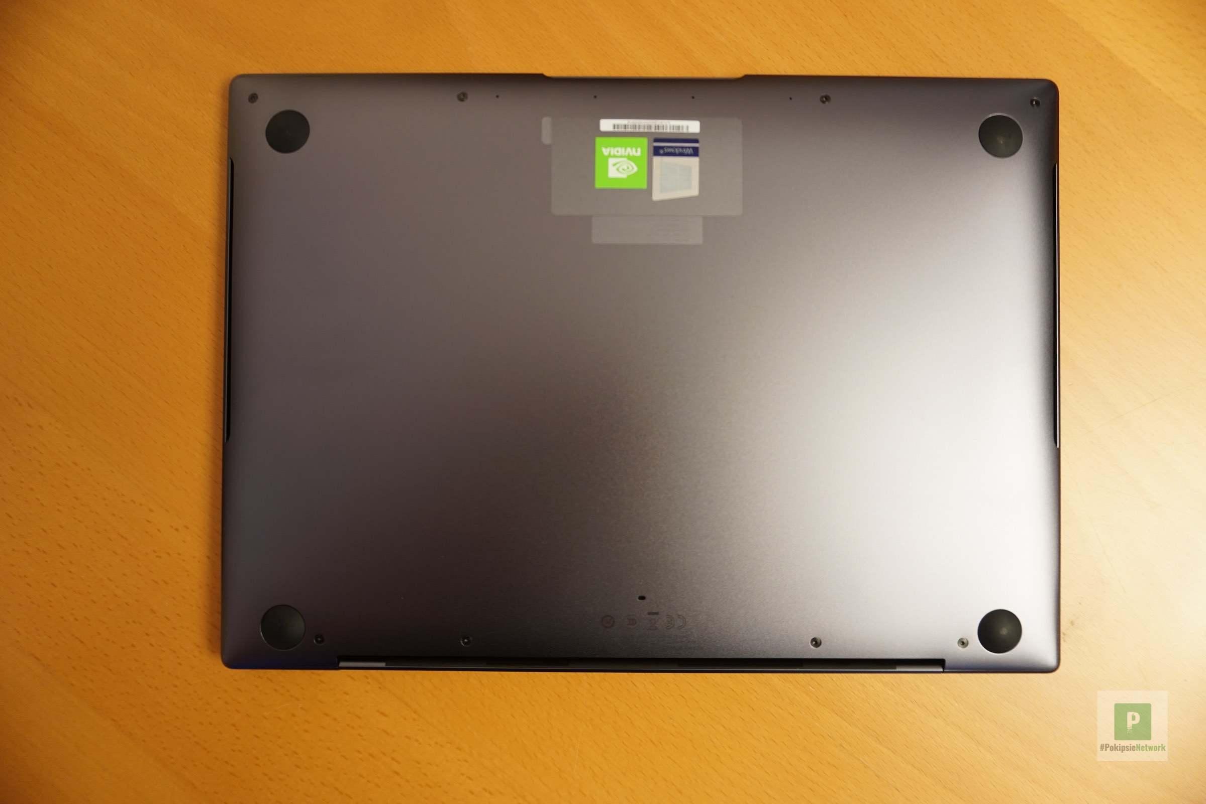 Das MateBook X Pro von unten