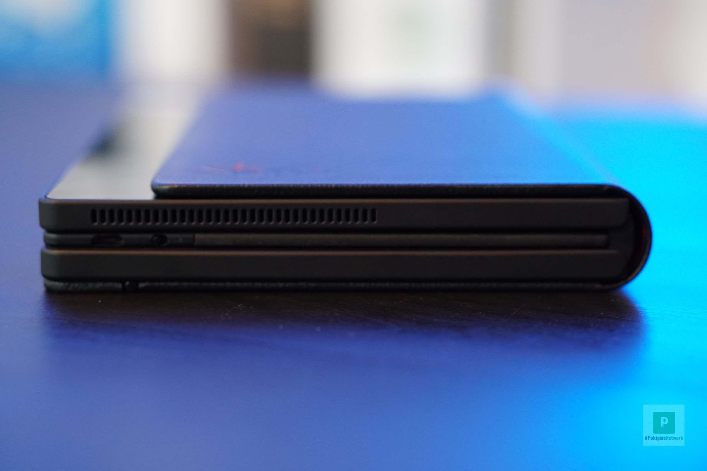 Tastatur im Tablet eingelegt