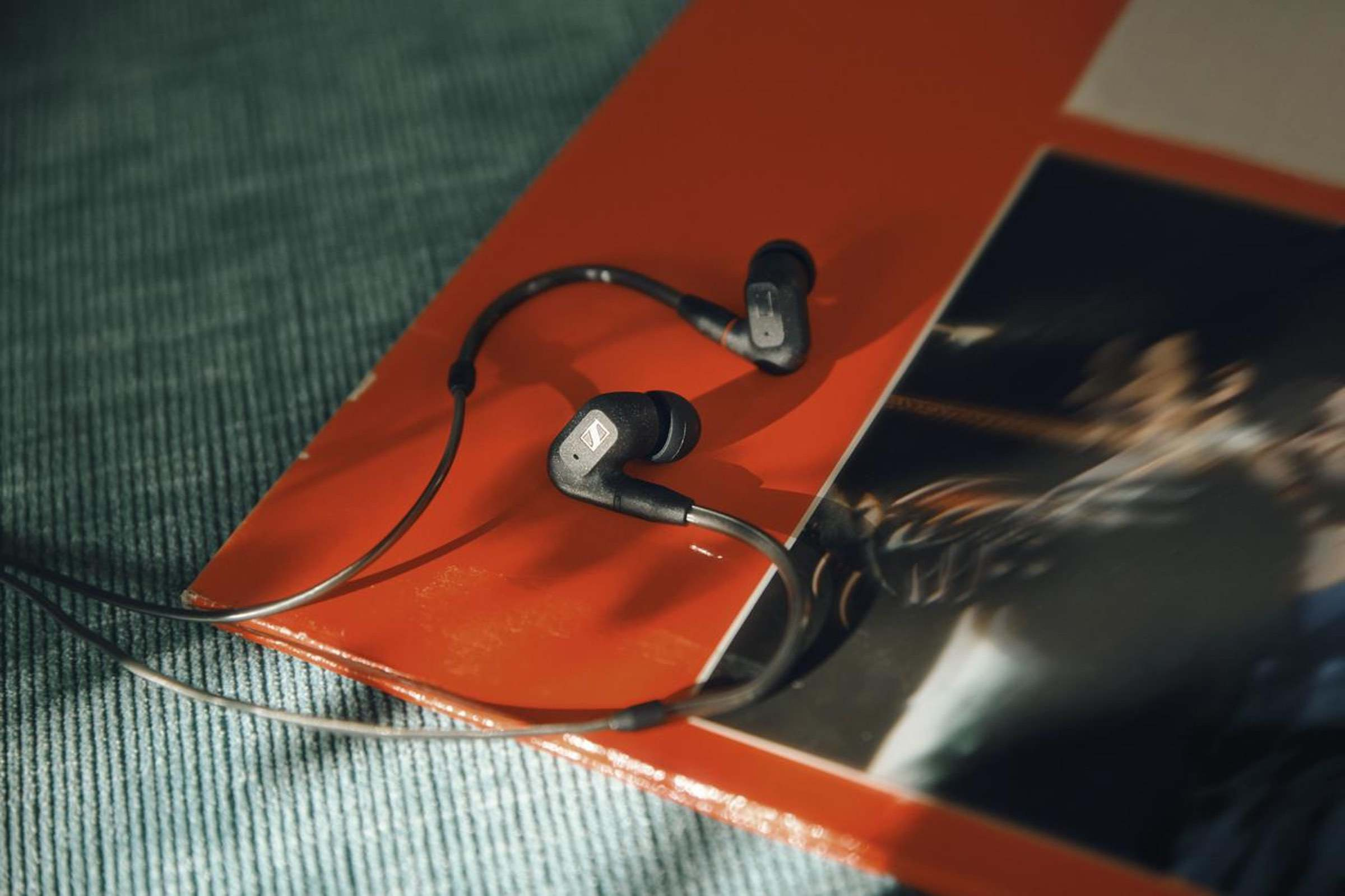 Neue nuancenreichen In-Ear-Kopfhörer