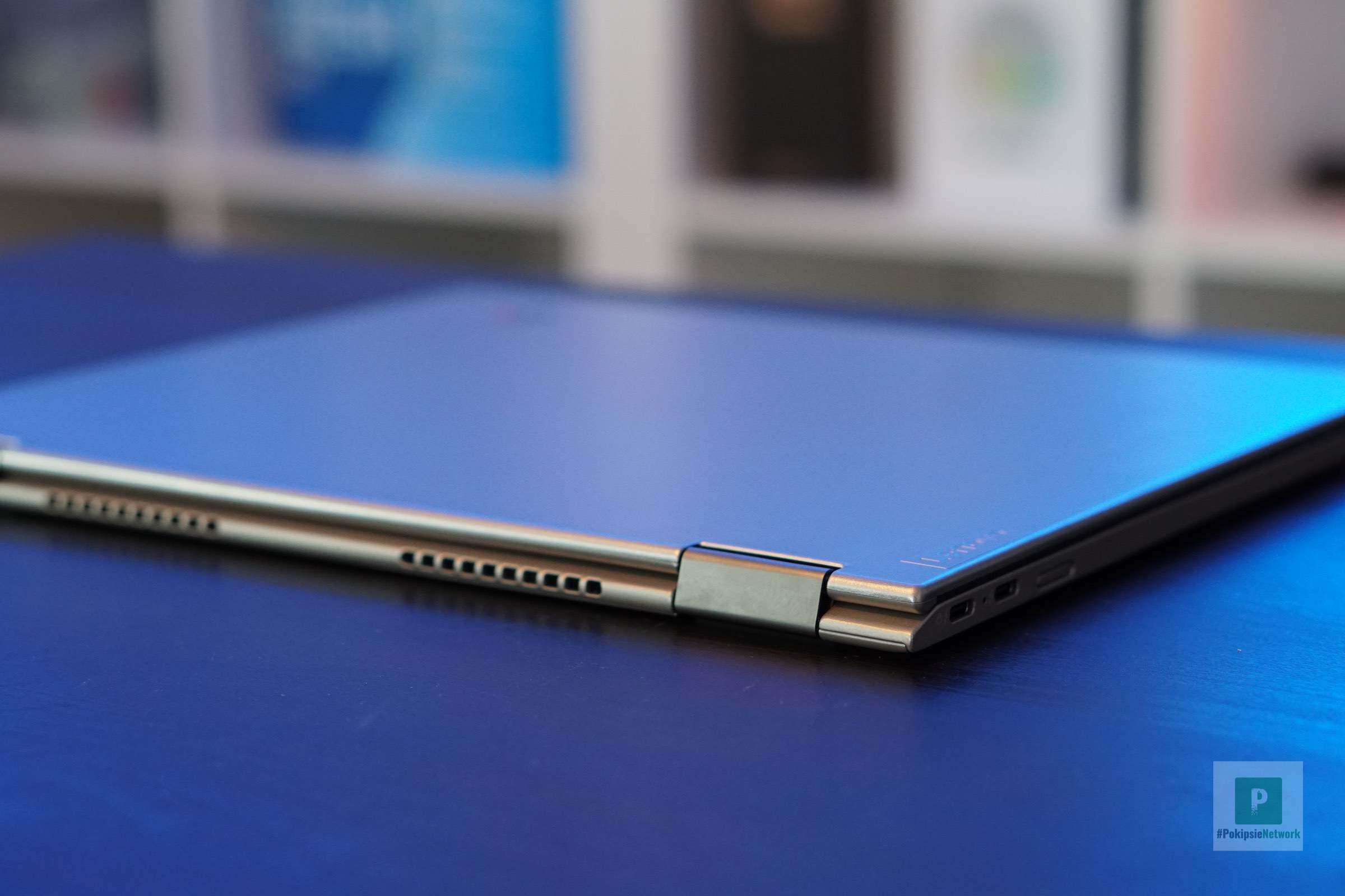 Die Rückseite vom Ultrabook