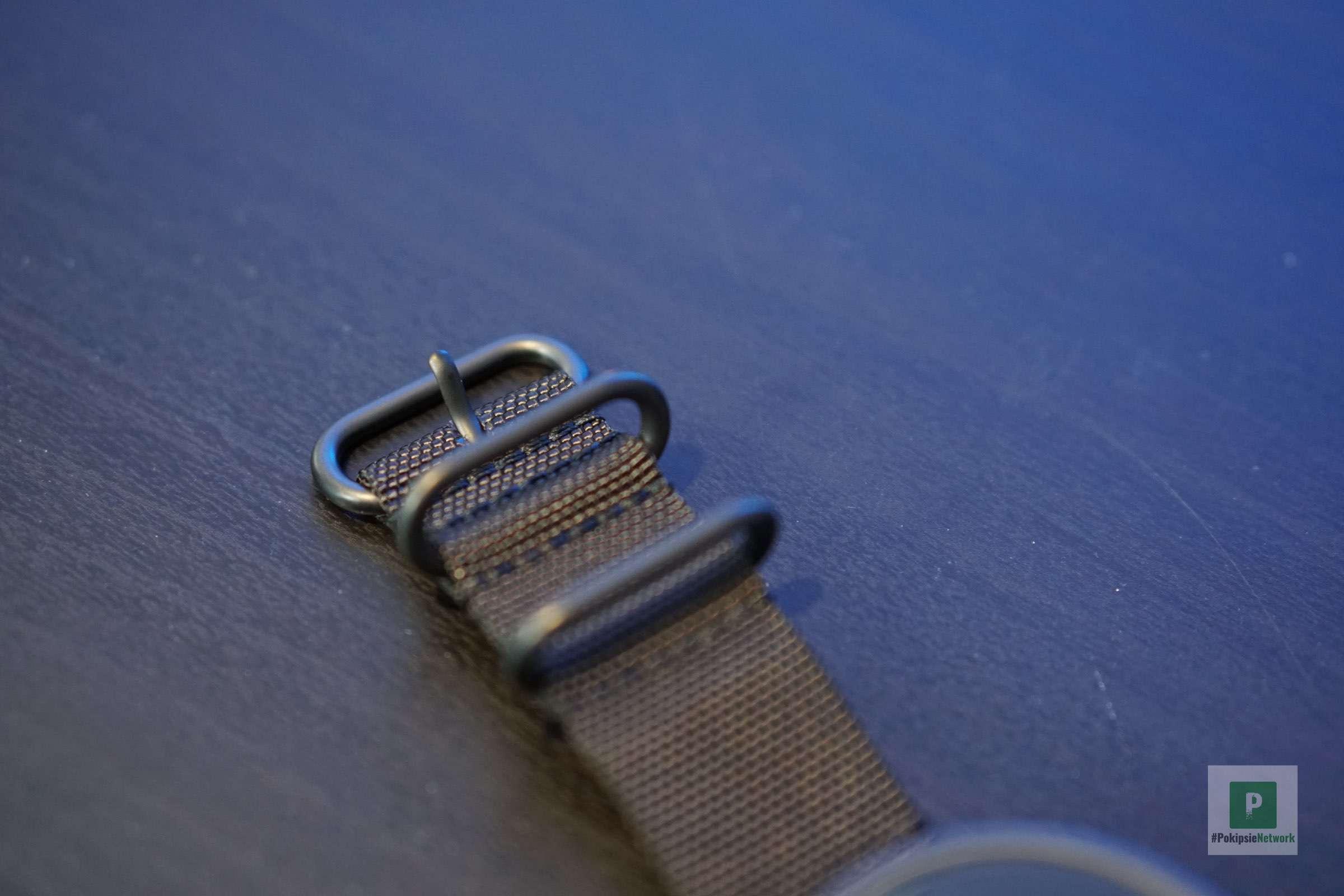Die doppelte Schlaufe fürs Armband