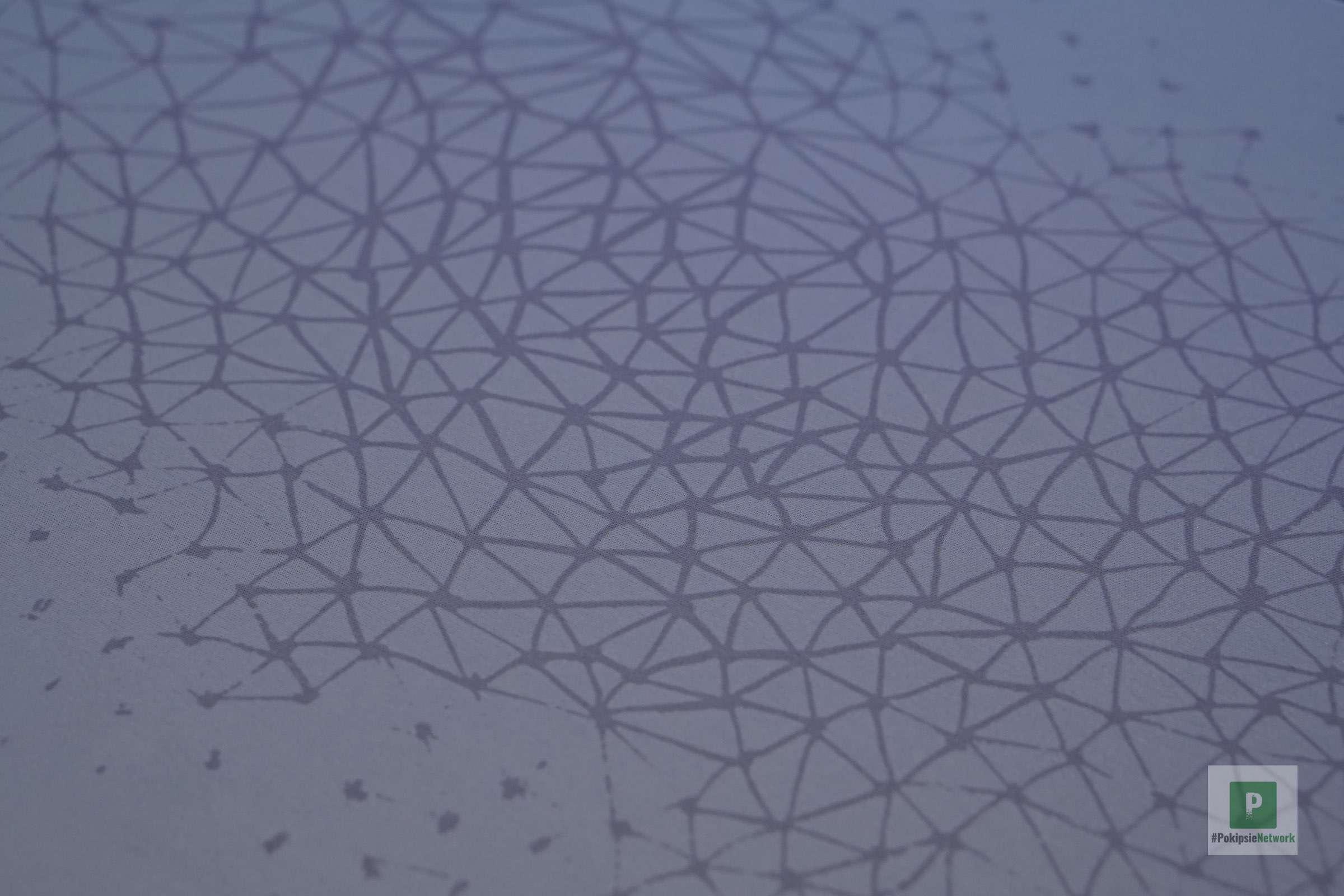 Stoffüberzug mit Muster